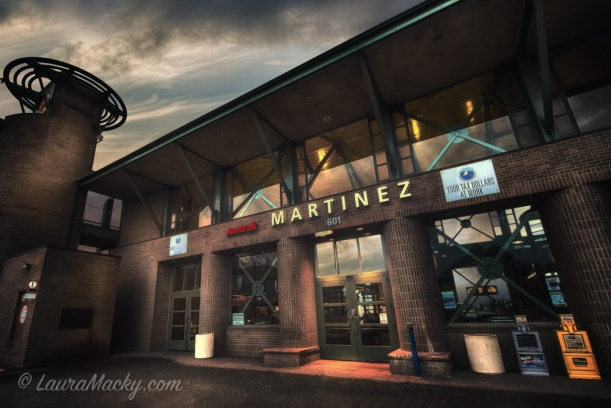 Martinez Train Station - Tone-Mapping