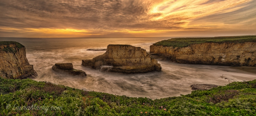 Shark Fin Cove PANORAMA at Sunset